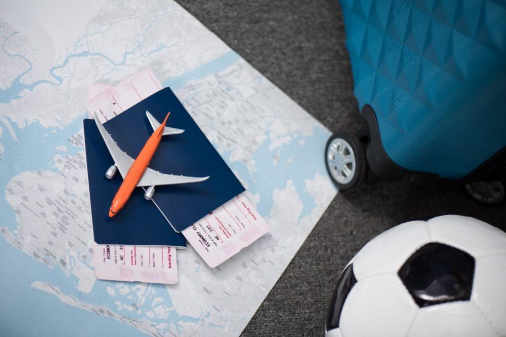 travel-by-airplane (Medium)